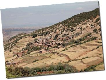 village aux abords de Aït Ourir