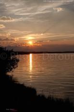 Coucher de soleil sur le lac Payne - Waterton Lakes - Alberta - Canada
